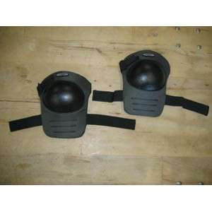 Knee Pads w/Poly Shield Cap (1 Pair)